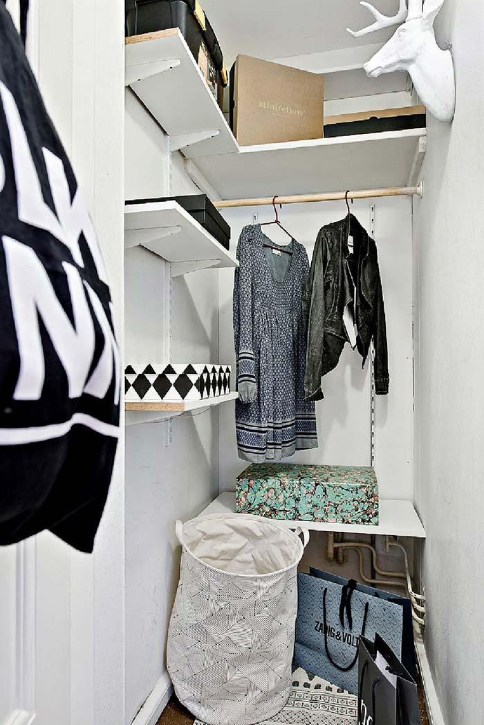 Planejar o espaço é fundamental para que o closet pequeno seja funcional