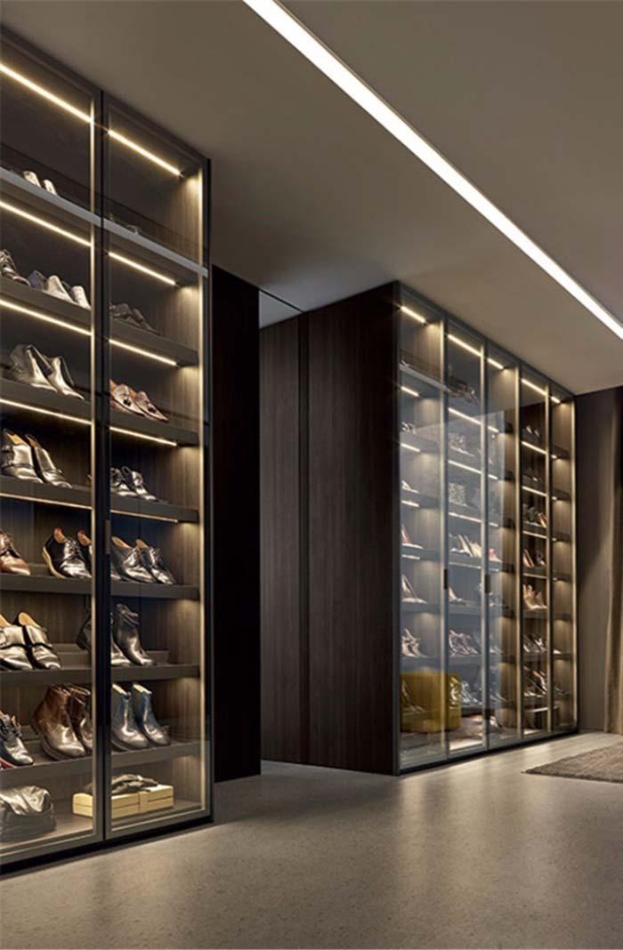 Exposição de sapatos