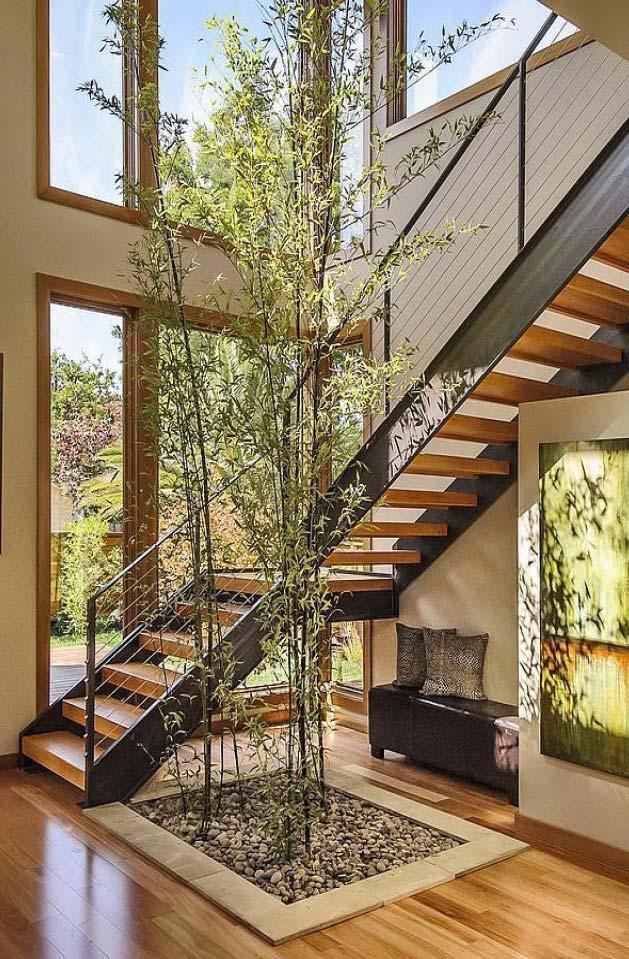 Bambuzinhos são sempre bem-vindos para compor a decoração interna