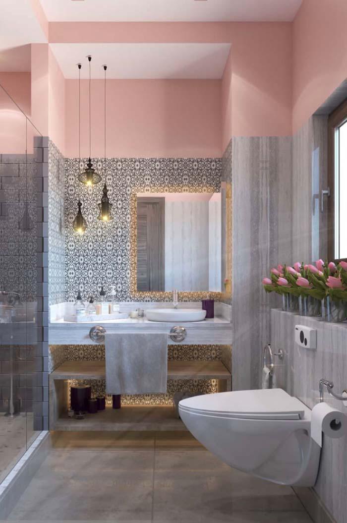 Decoração clássica no banheiro feminino