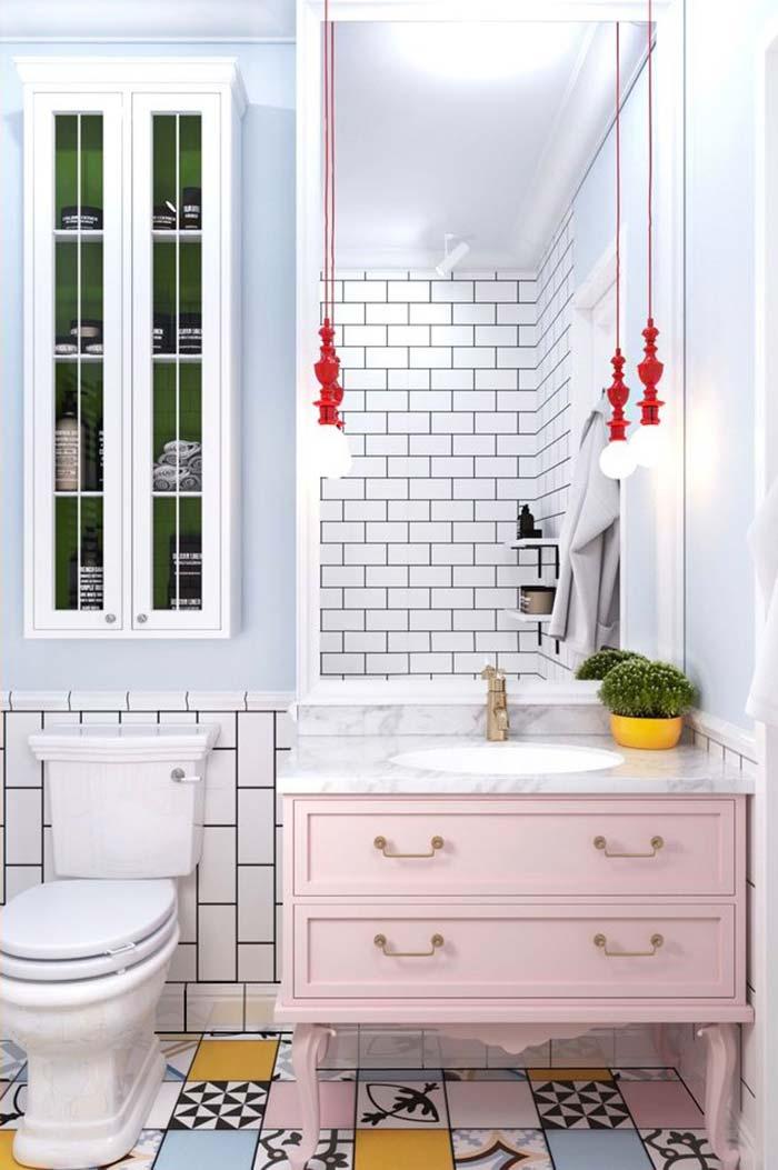 Banheiro feminino com toque retrô