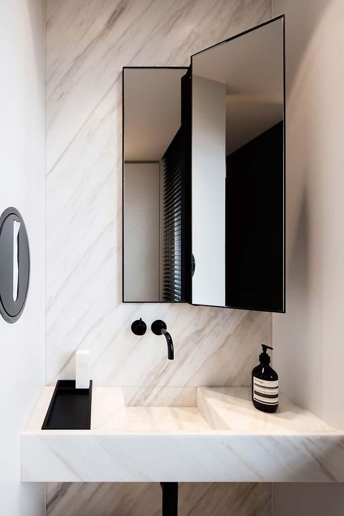 Espelho móvel articulado