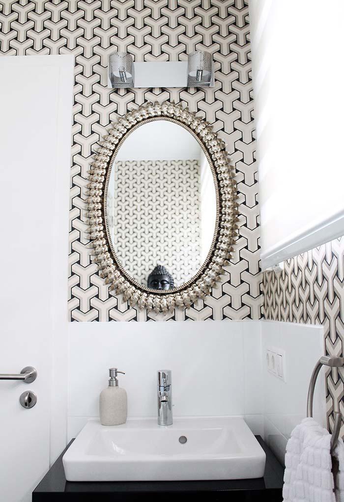 Espelho com moldura vintage