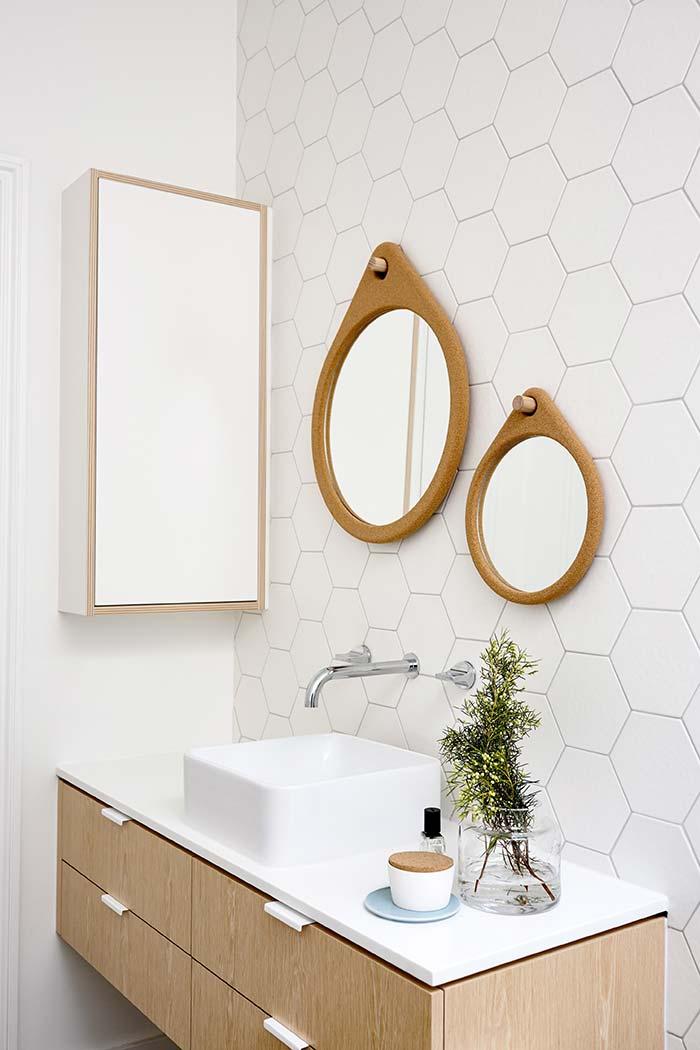 Duo de espelhos para banheiro