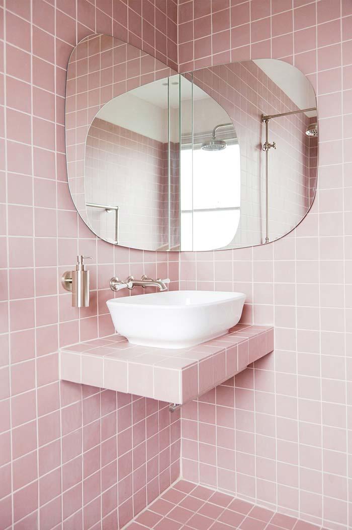 Espelho de canto para banheiro