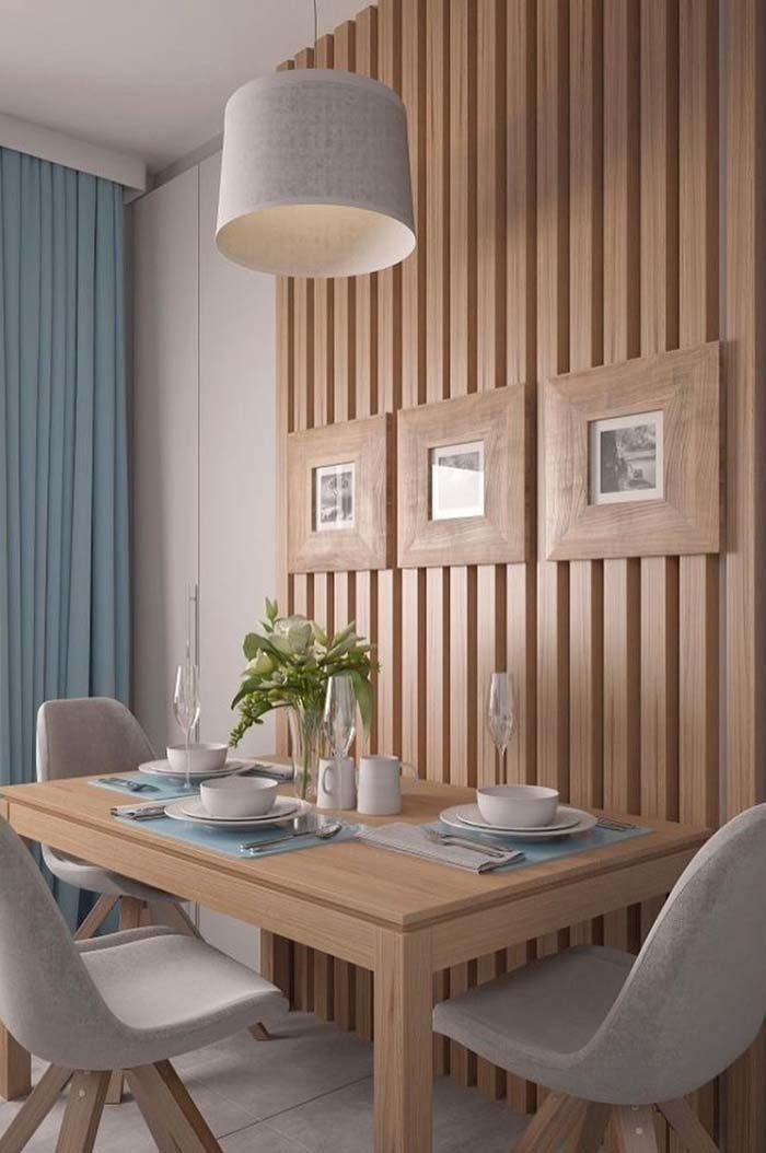 Para economizar espaço, encoste a mesa na parede