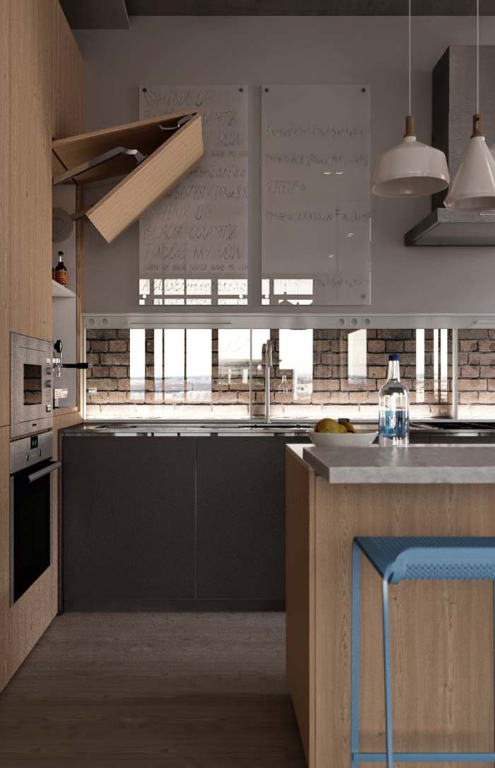 Móvel de abertura articulada deixa a cozinha prática e funcional
