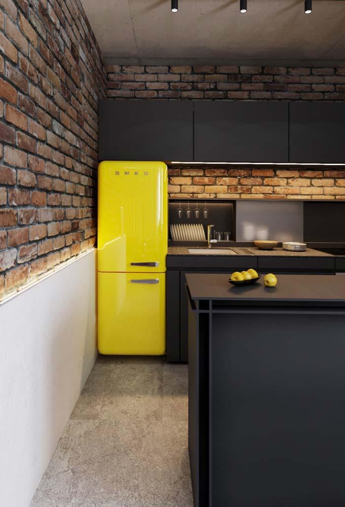 Cozinha decorada entre o moderno e o vintage