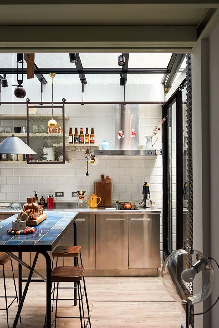 objetos de estilo retrô na cozinha