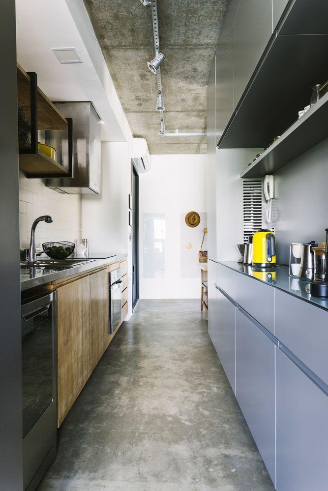 Detalhes em amarelo para alegar a cozinha