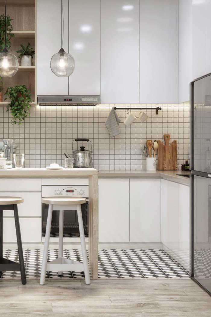 Cozinha decorada: utensílios expostos na cozinha são sempre aliados da decoração