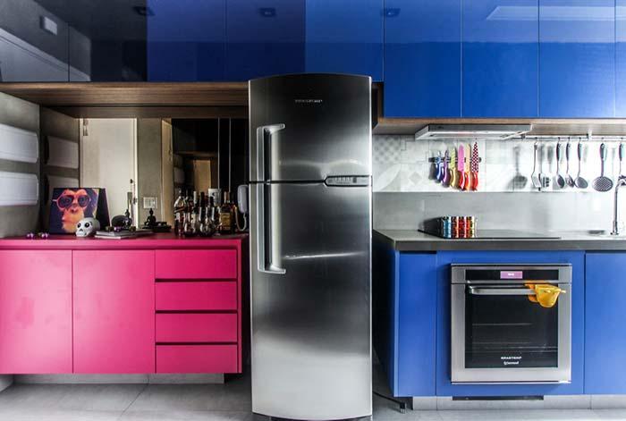 Cozinha decorada sem distinção de gêneros