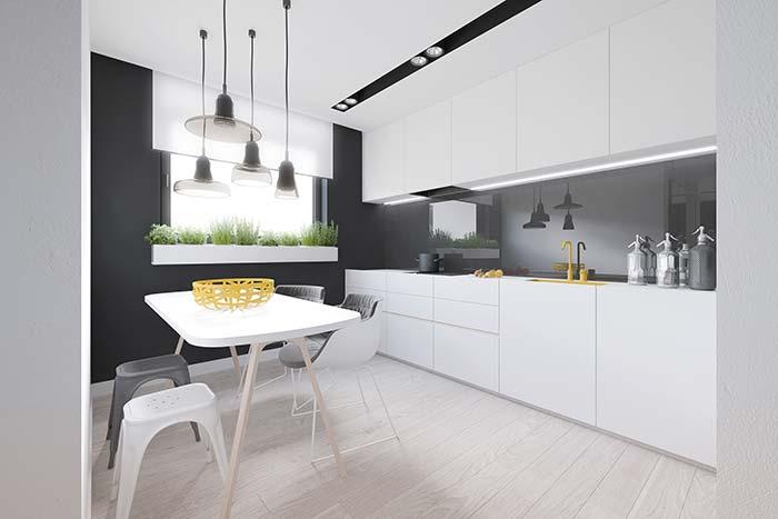 Torneira colorida é tendência de decoração na cozinha decorada
