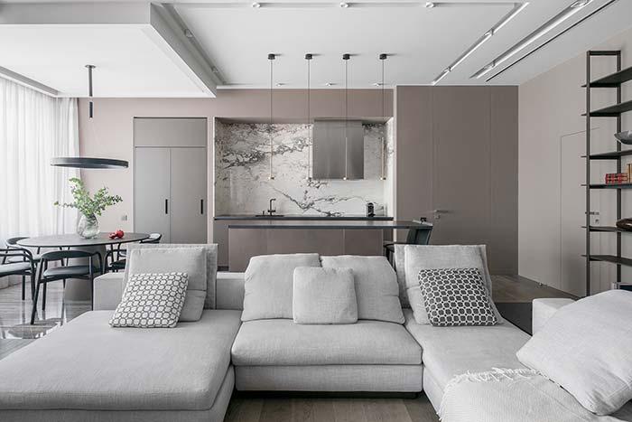 O forro de gesso permite criar diferentes desenhos e formas no teto