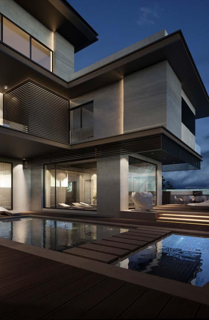 Casa com piscina próxima