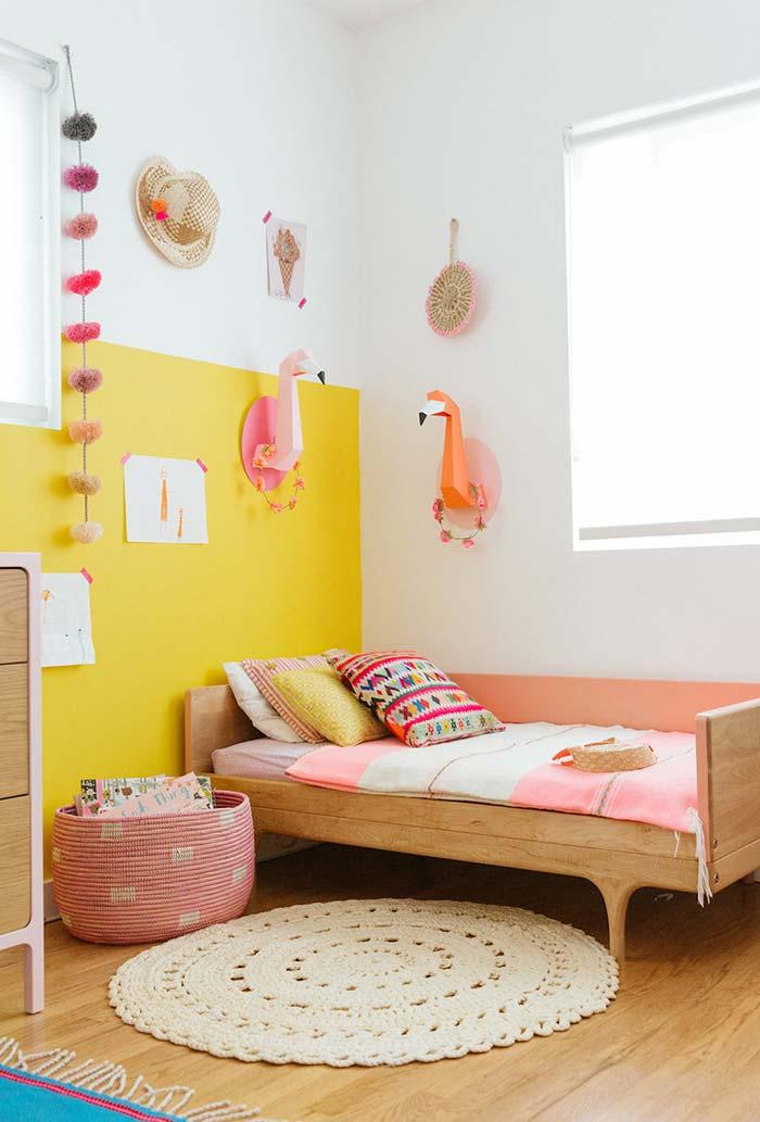 Decoração de parede no quarto infantil feminino