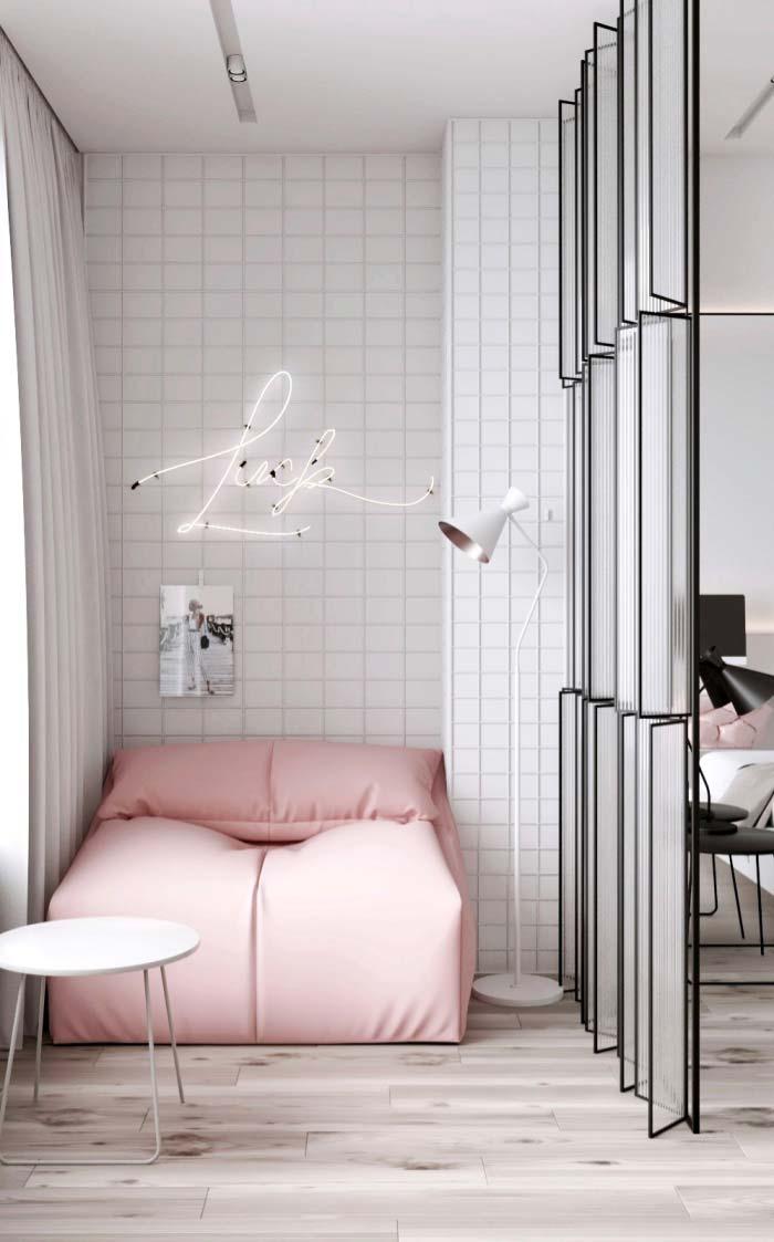 Na decoração moderna a dica é valorizar os poucos elementos com um design diferenciado.