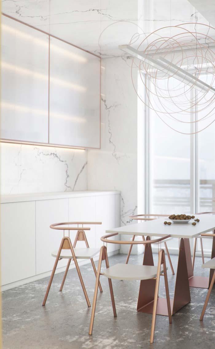 Cozinha ostentação: mármore Calacatta até no teto