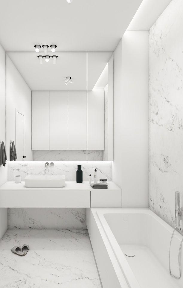 Banheiro todo branco revestido com mármore Sivec