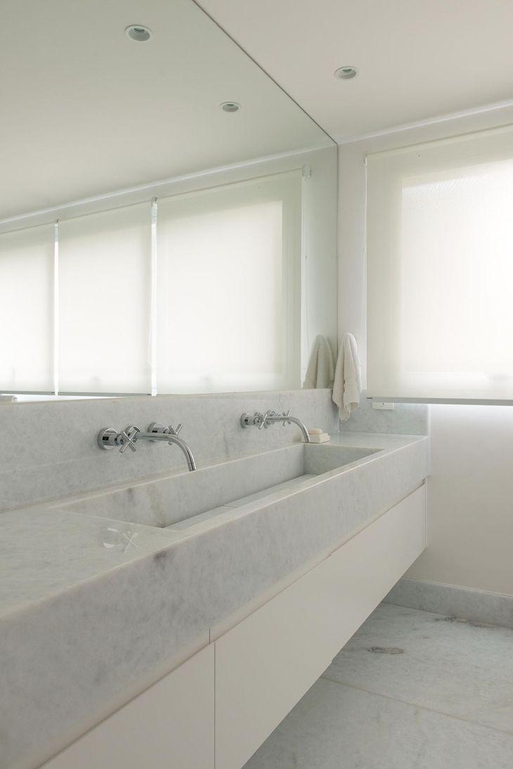 Bancada luxuosa de mármore branco