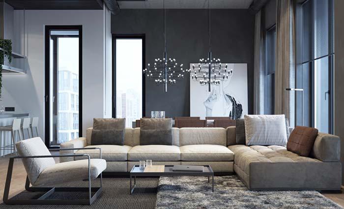 Sofá grande com cores neutras