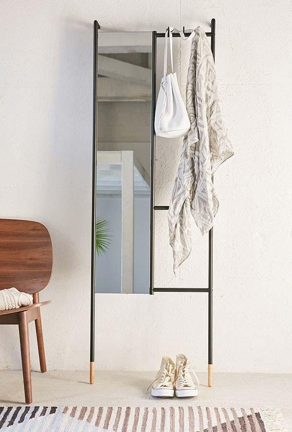 Cabideiro com espelho super contemporâneo e inovador