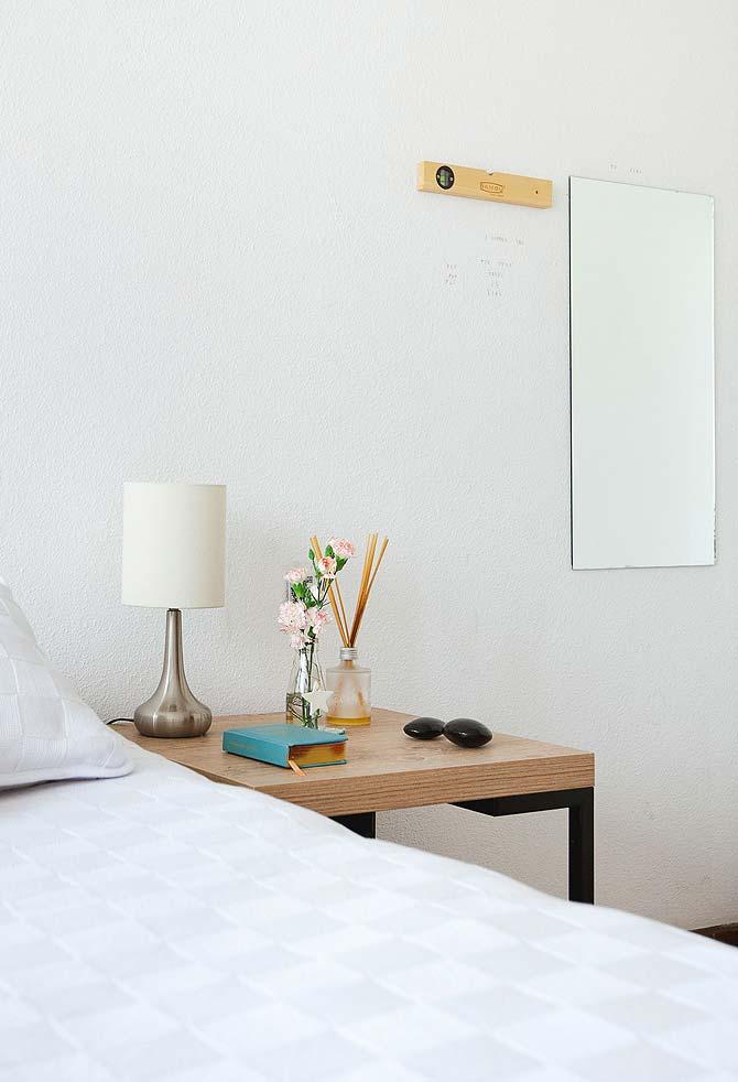 Espelho simples funcional para quarto