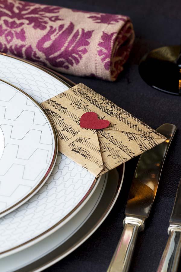 Mensagens e lembrancinhas para presentear o seu amor no jantar romântico