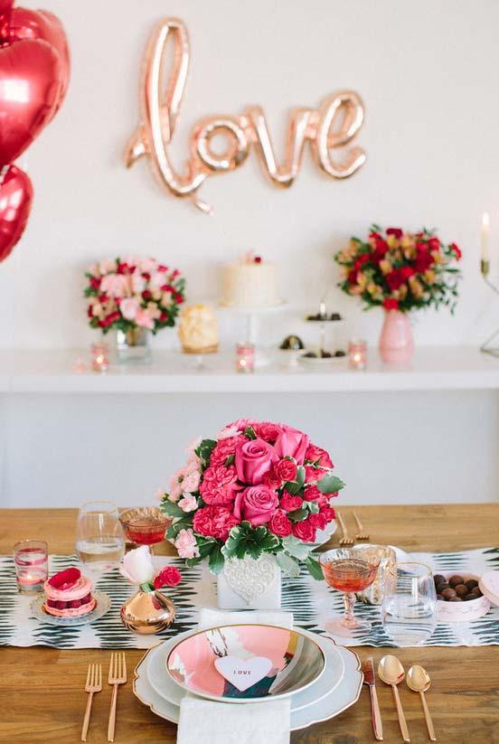 Jantar romântico surpresa superproduzido