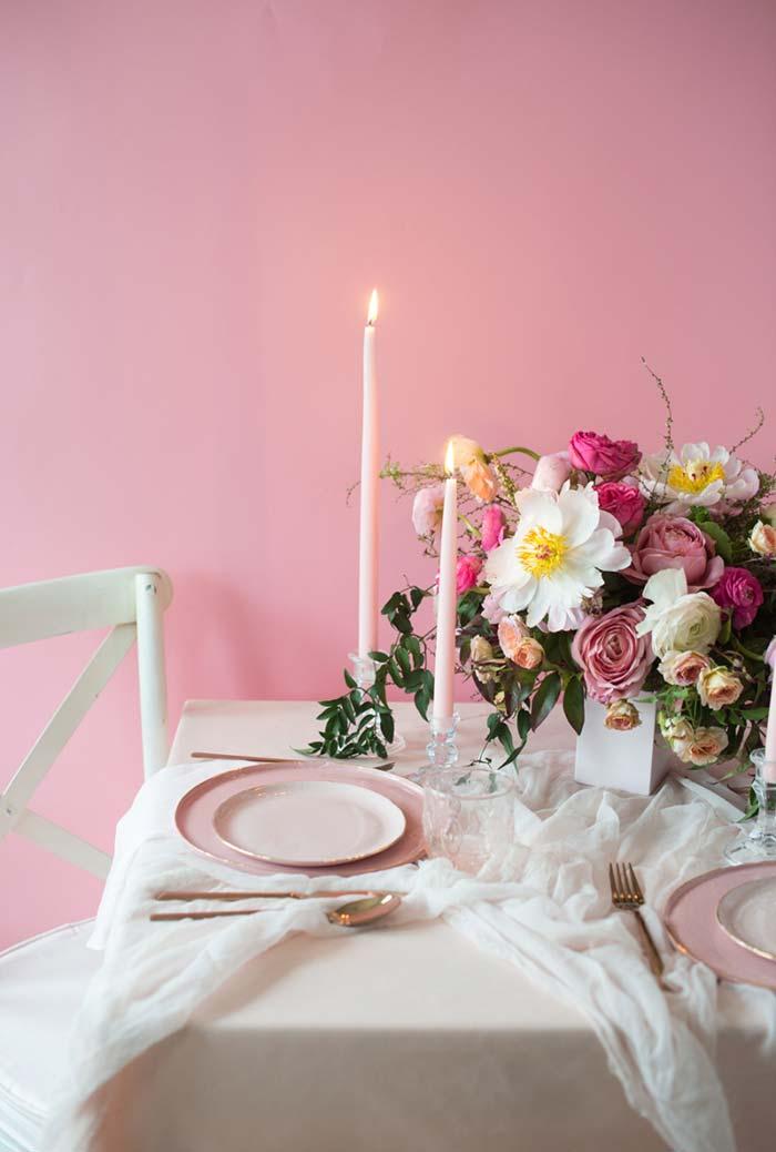 Decoração de mesa para jantar romântico