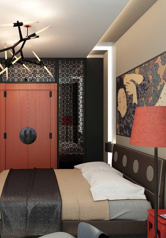 O quarto vermelho e bege é uma combinação perfeita.