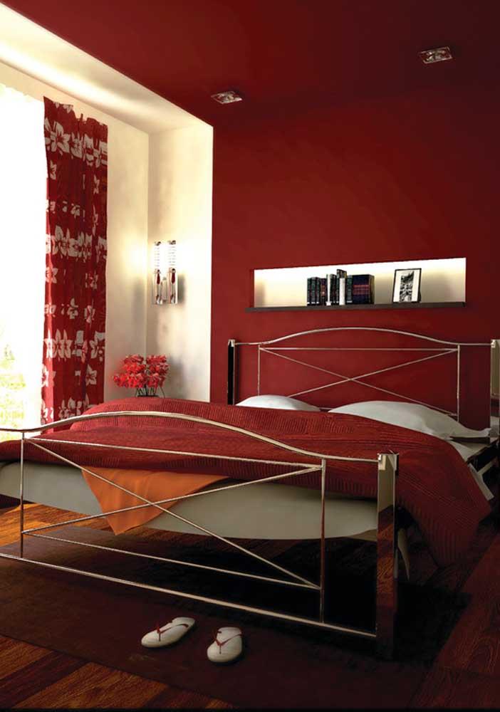 Que tal fazer uma decoração toda vermelha no quarto de casal?