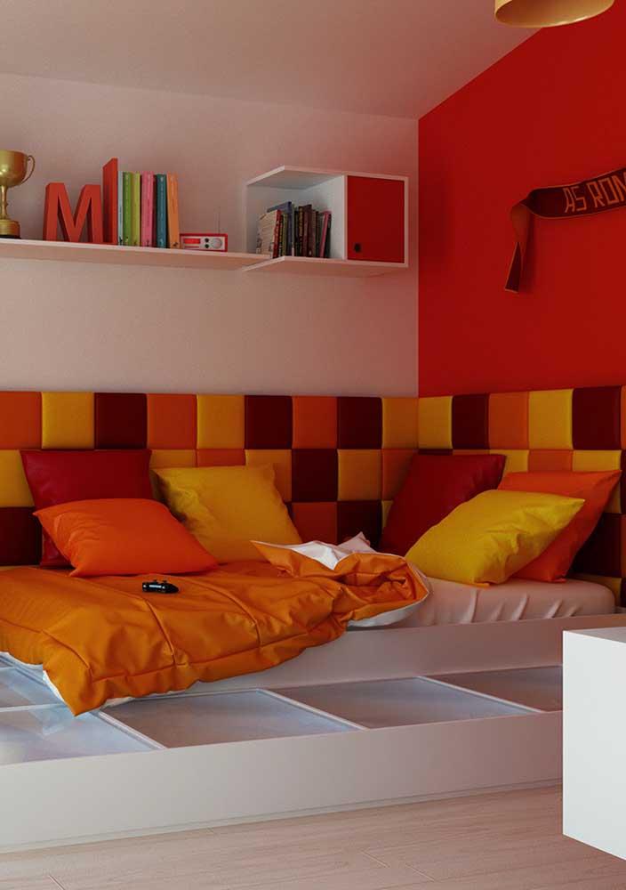 O que acha de apostar na mistura de cores intensas e chamativas na hora de decorar o quarto?