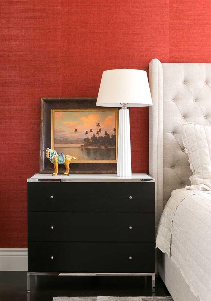 Que tal fazer uma decoração com as cores vermelha, preta e branca?