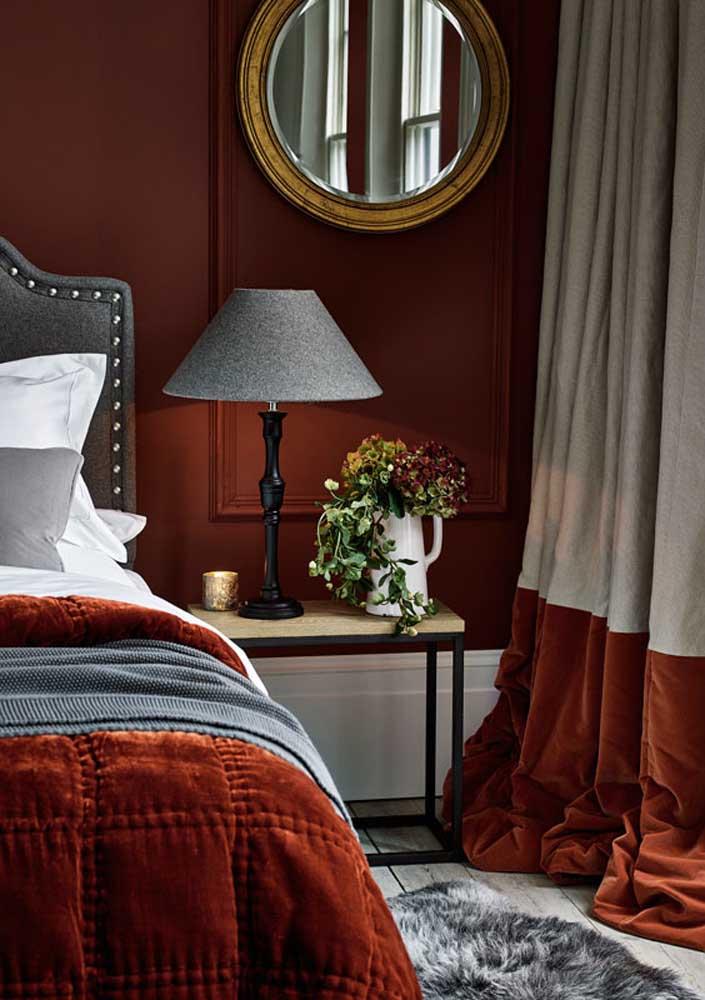 Se você deseja uma decoração mais clássica, escolha tons de vermelho mais escuro.