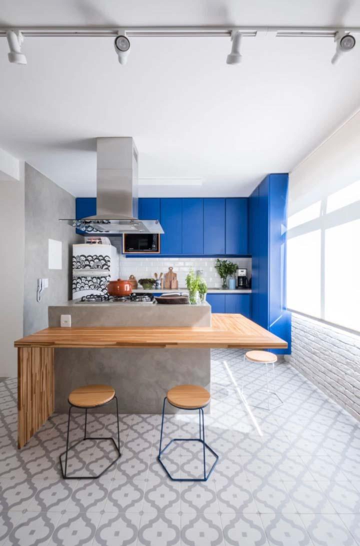 Armário de cozinha em L todo azul royal