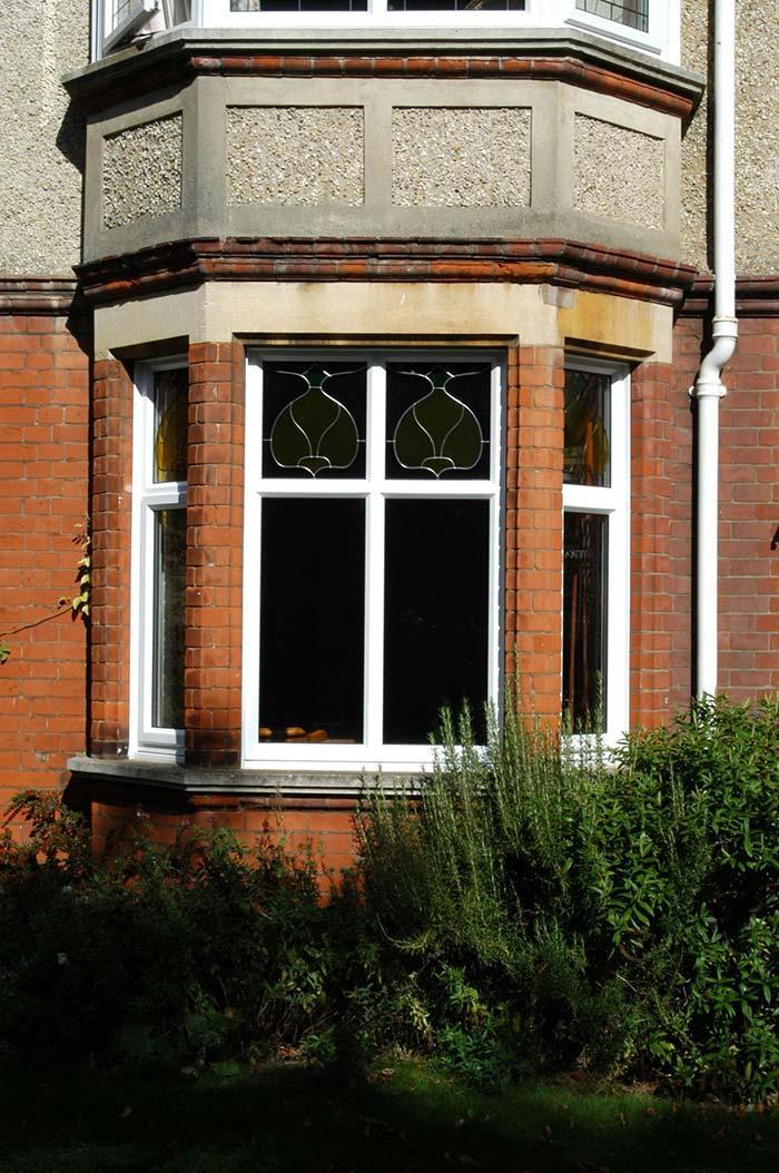 Grades para janelas de ferro e vitral