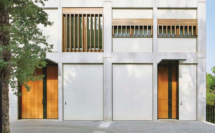 Grades de madeira para fachada de concreto