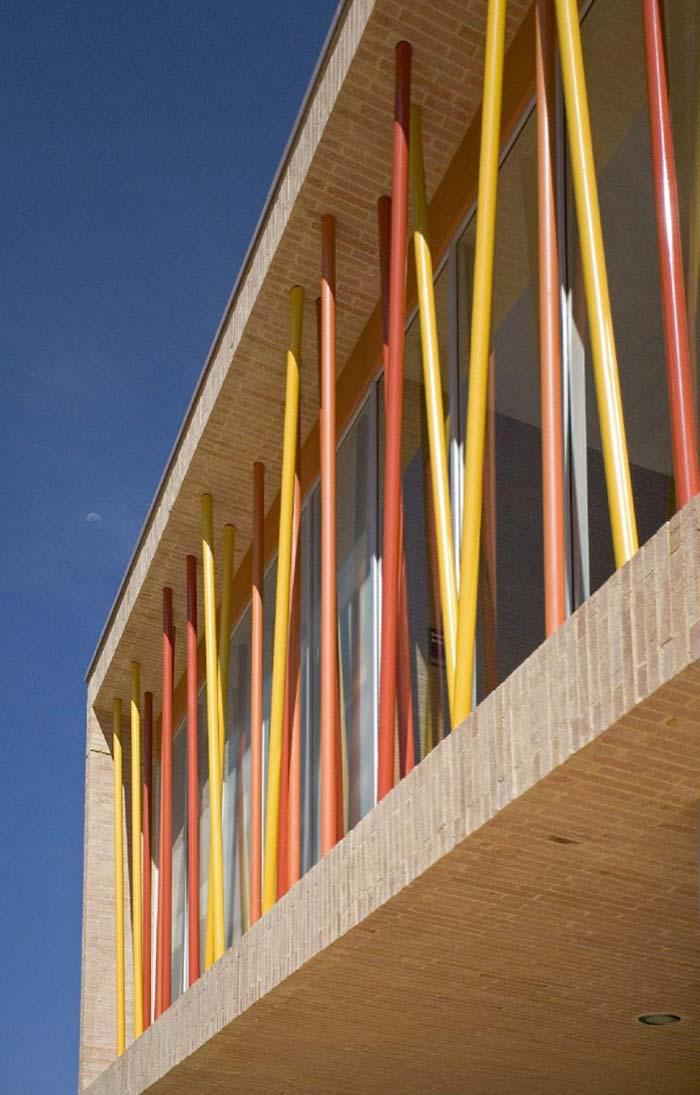 Grades para janelas com tubos coloridos de metalon