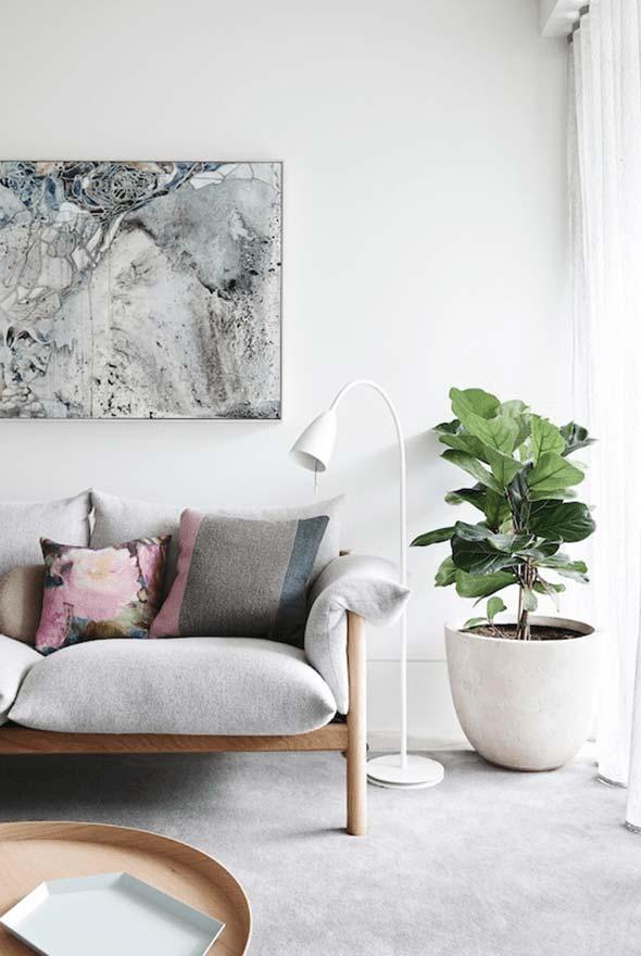 Decoração clean com plantas para sala