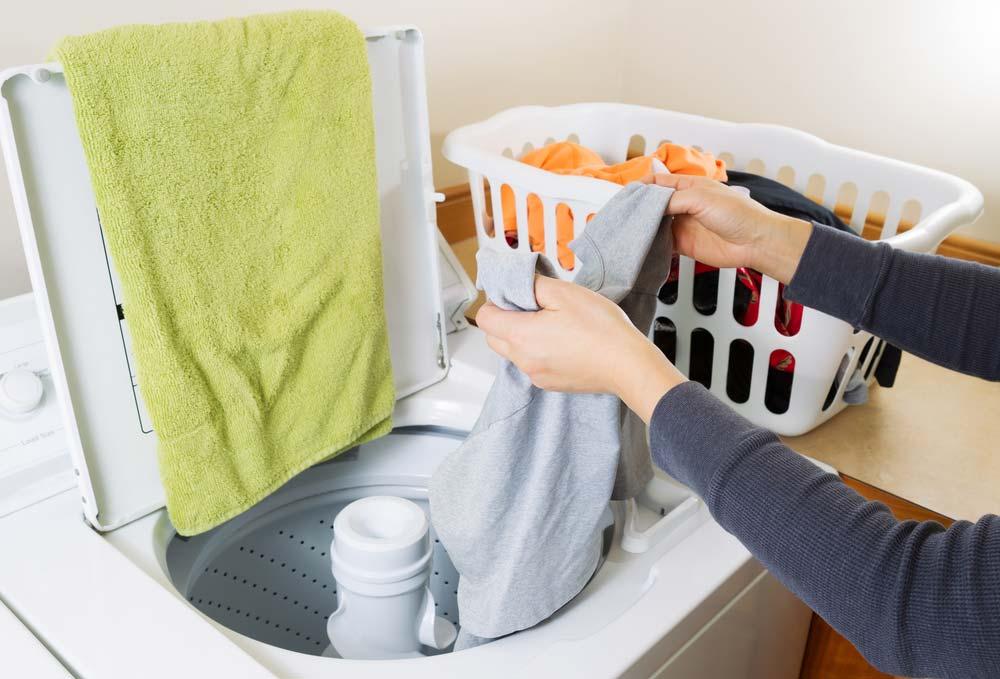 Máquina de lavar com abertura superior