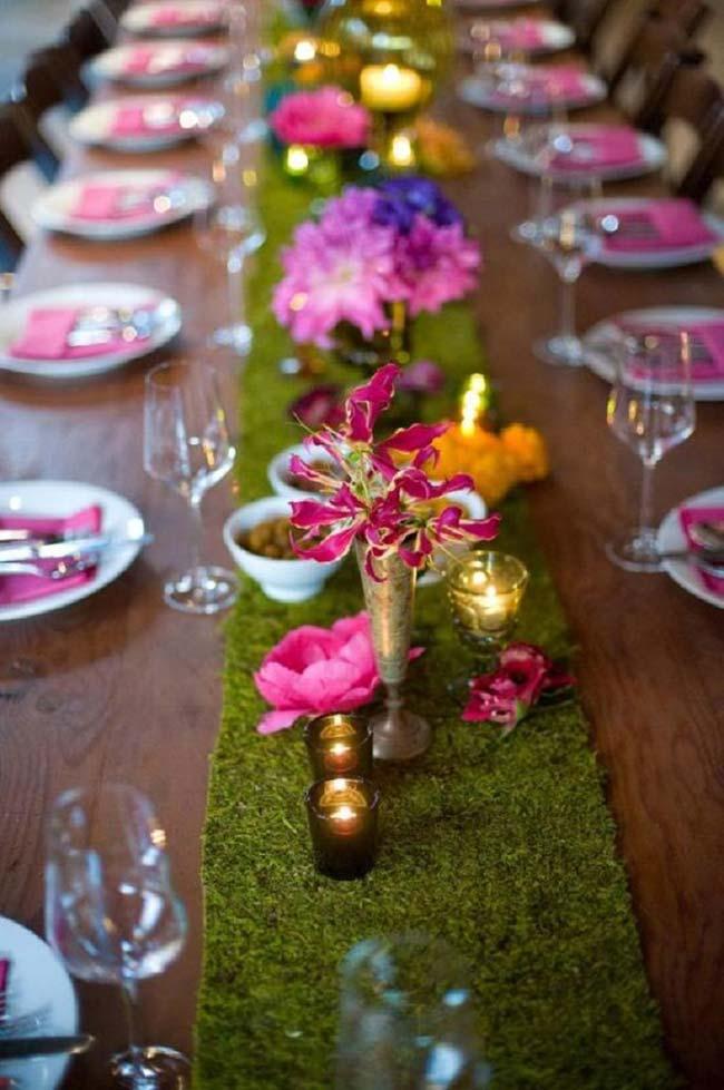 Arranjos pequenos na decoração de casamento barato