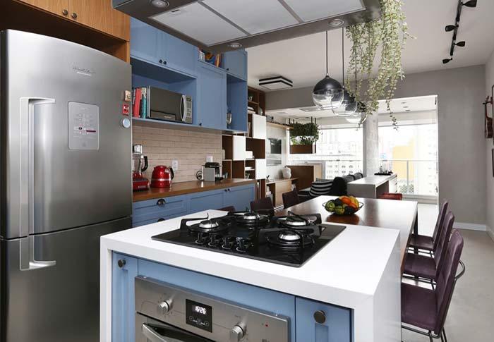 Balcão para o forno e o cooktop
