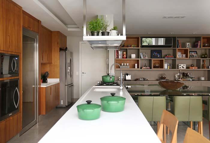 Balcão da cozinha com pia