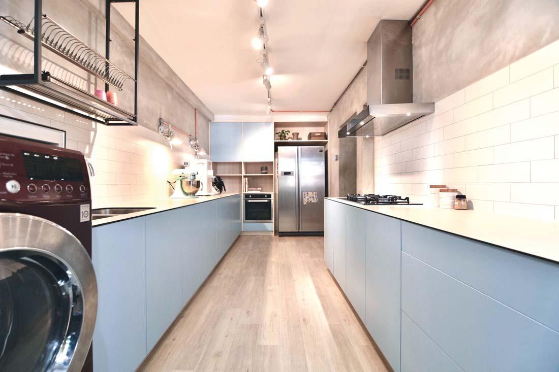 Balcão de tampo branco para a cozinha
