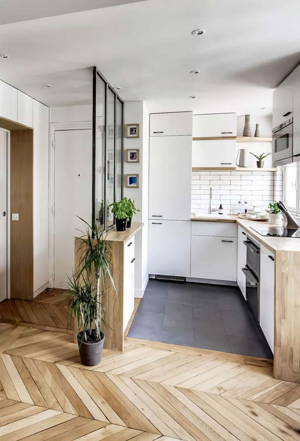 Cozinha pequena para apartamento com divisória
