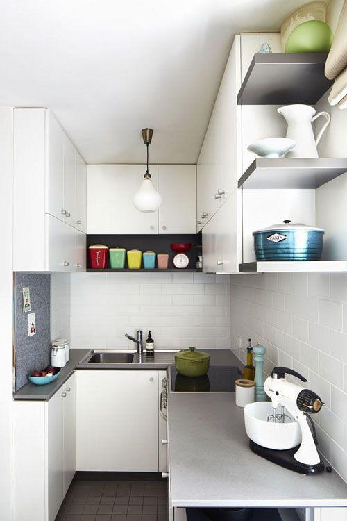 Cozinha pequena com desenho em U
