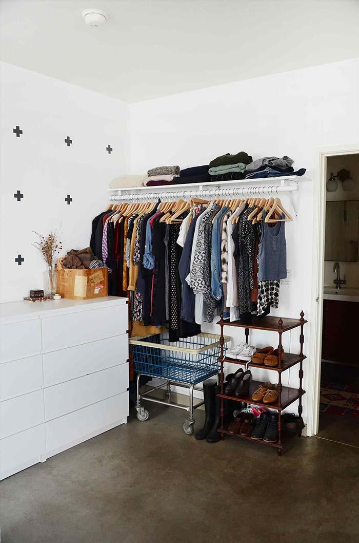 Cômodas são uma opção barata para o closet