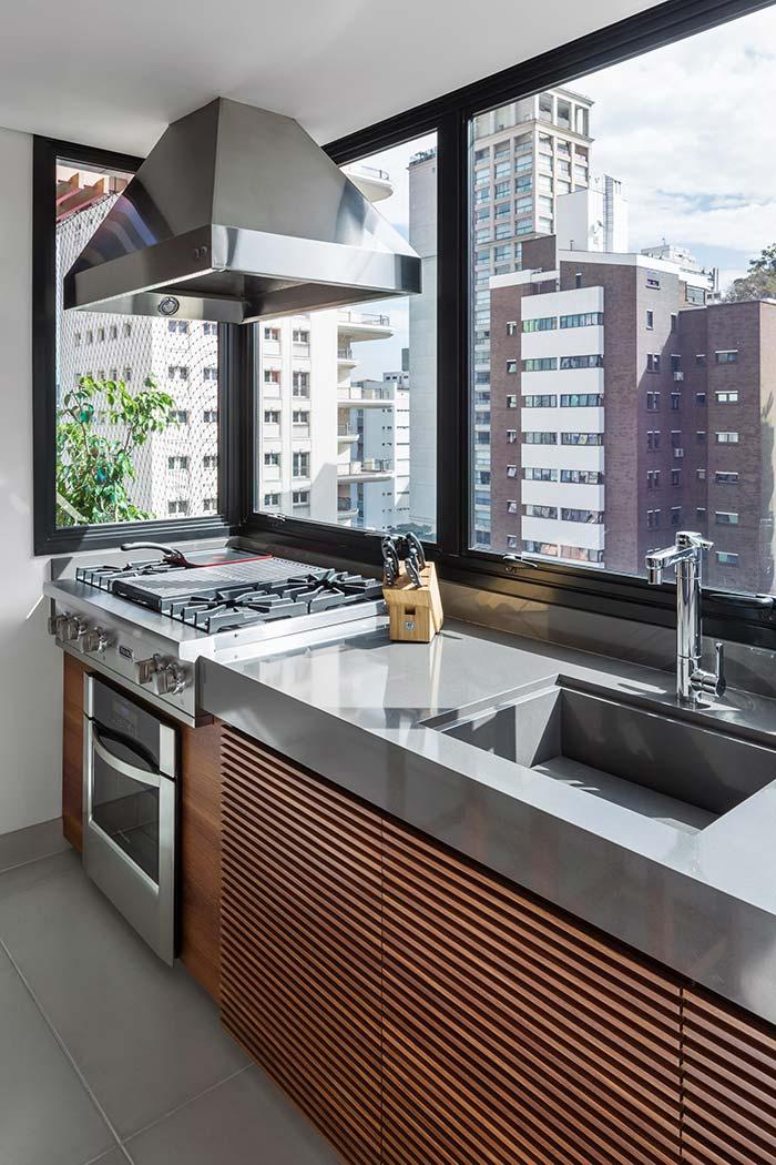Cuba esculpida na cozinha