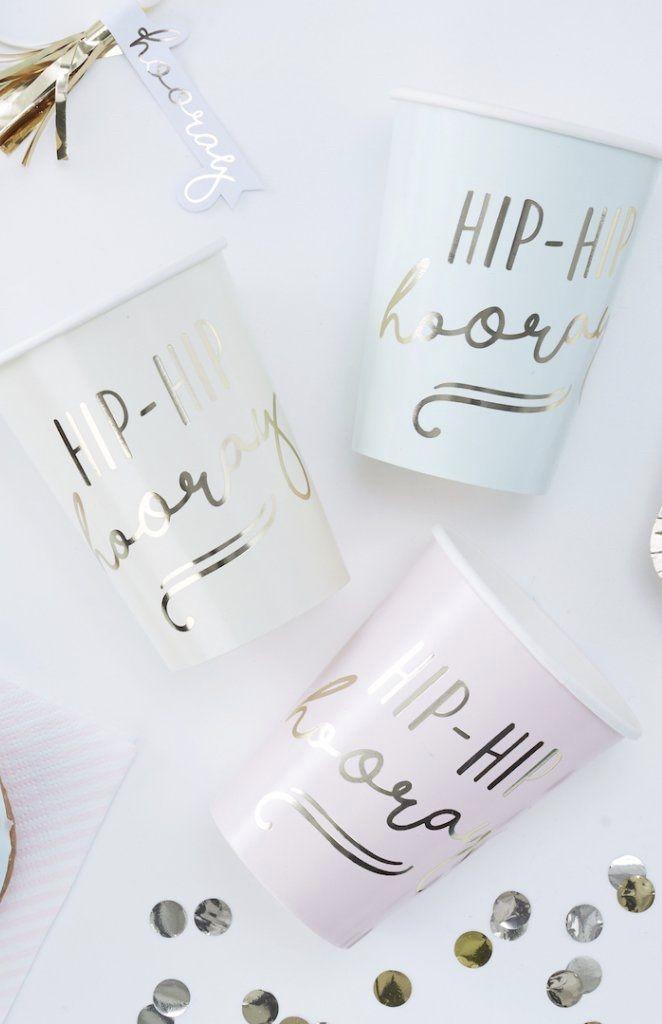 Copos decorados para chá de revelação